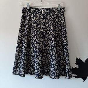 Floral Buttoned-Down Skirt